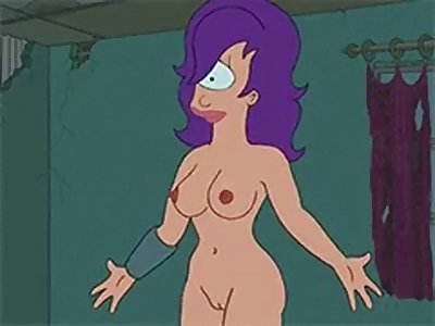 Leela exposed her tits