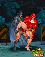 Batman stretches the butts of his fuckmates and takes a pounding too